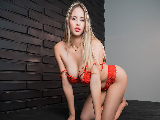 sexy butt camgirl blonde juliagomez